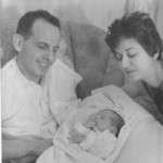 Lisa Tener as a baby with her parents
